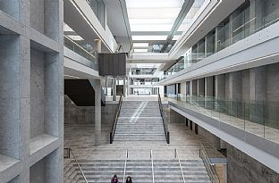 BESTSELLERS NEW OFFICES ON THE AARHUS WATERFRONT - C.F. Møller. Photo: Julian Weyer